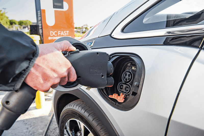 Dispelling The Disadvantages Of An Electric Car