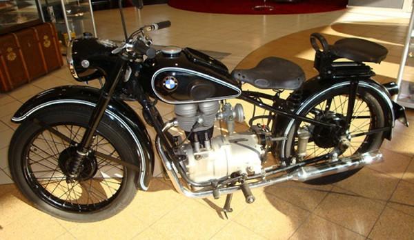 History Of BMW 1