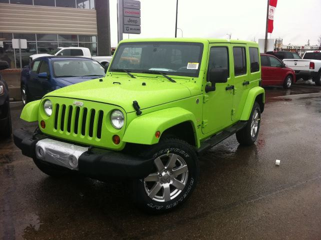 2013 and 2014 Jeep Wrangler Unlimited has better colors to choose from