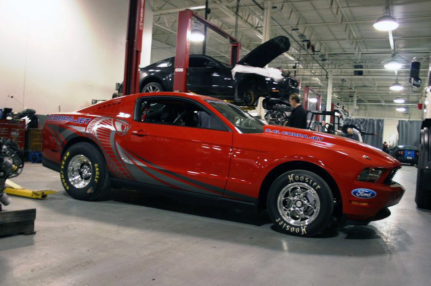 Mustang Cobra Jet - Red, White and Blue on a New Level - GearHeads.org