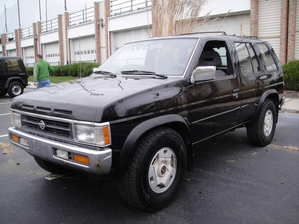 the 1995 nissan pathfinder the last real suv autowise the 1995 nissan pathfinder the last