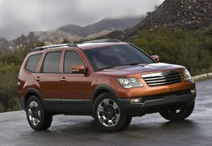 2009 Kia Borrego - Best Used Mid Size SUV Under $20000