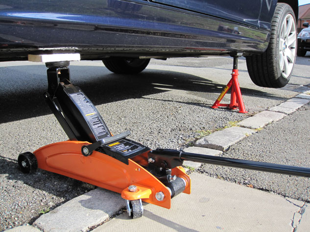 A Complete Discussion about Car Accessories Uses
