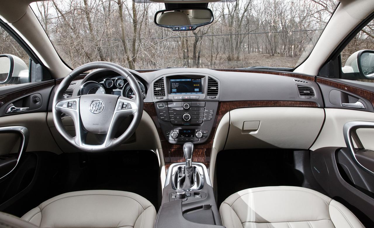 2012 Buick Regal Interior