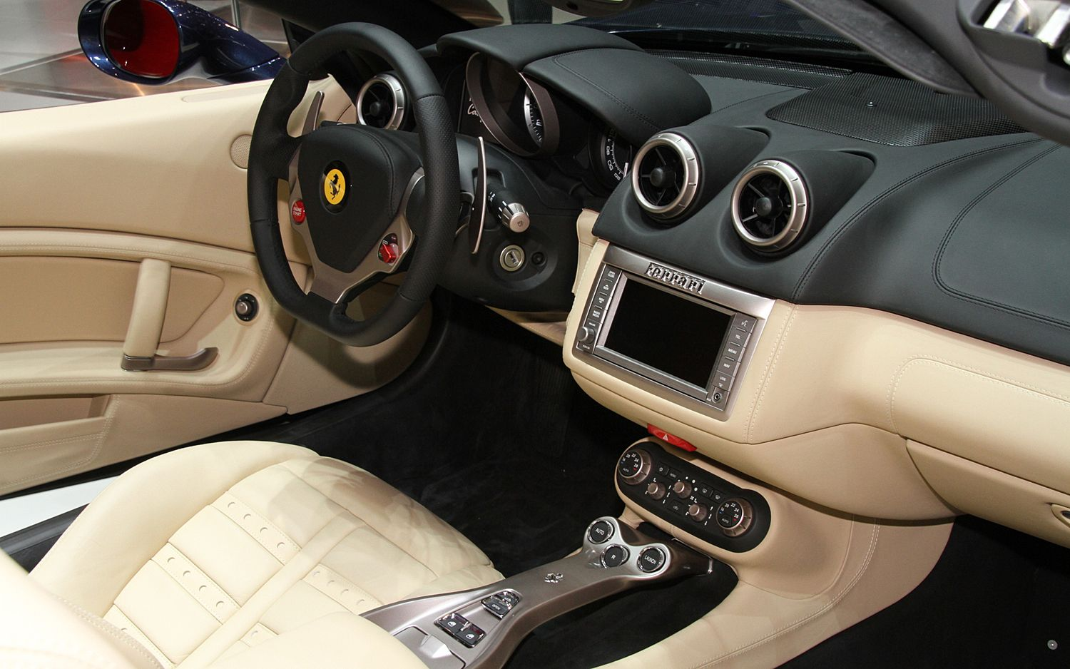 The new 2013 Ferrari California