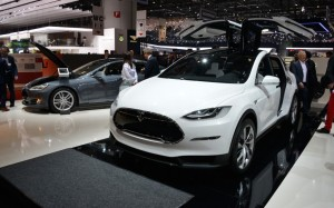 Tesla Puts Model X on Back Burner