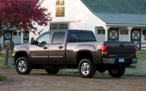 2013-GMC-Sierra-HD2500-rear