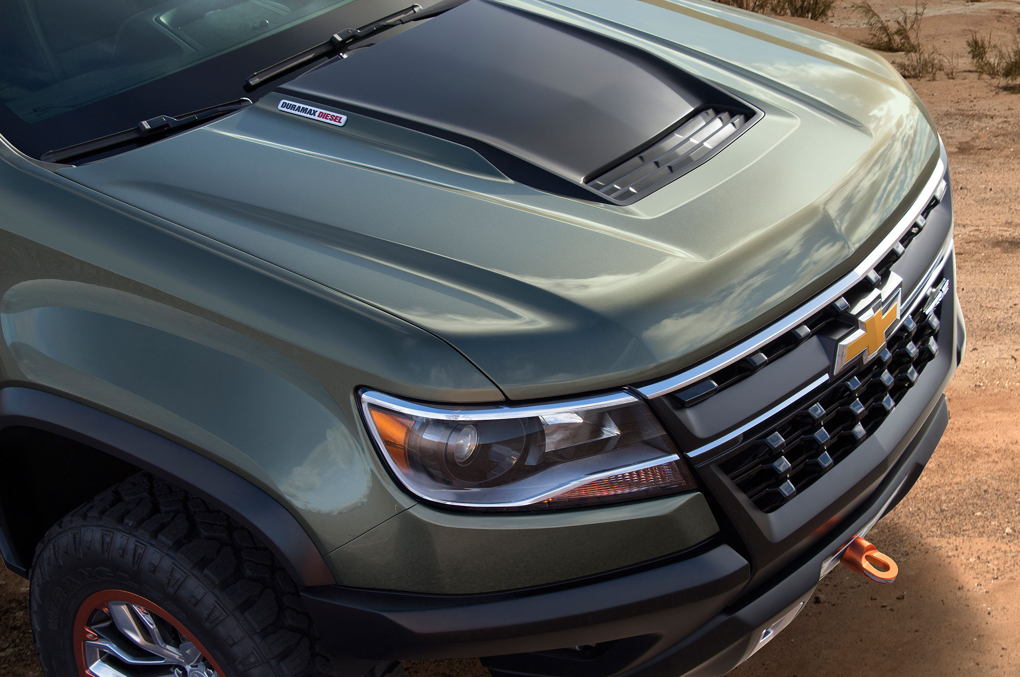 Hood Of The 2015 Chevrolet Colorado