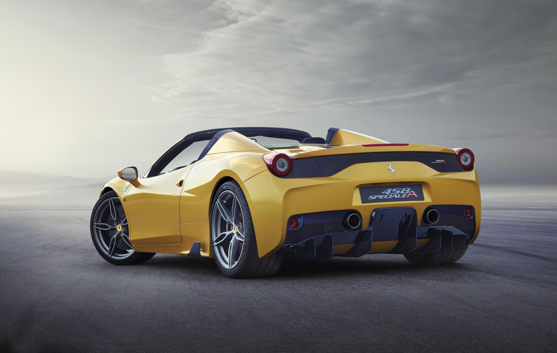 FERRARI 458 SPECIALE APERTA: Walked Up in a New Ferrari