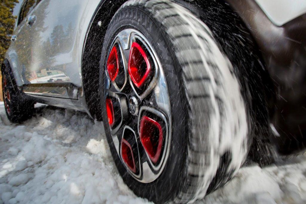 Kia Trailster Wheel Motion