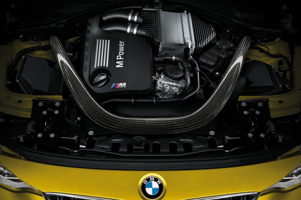 Mustang GT Vs M4 6