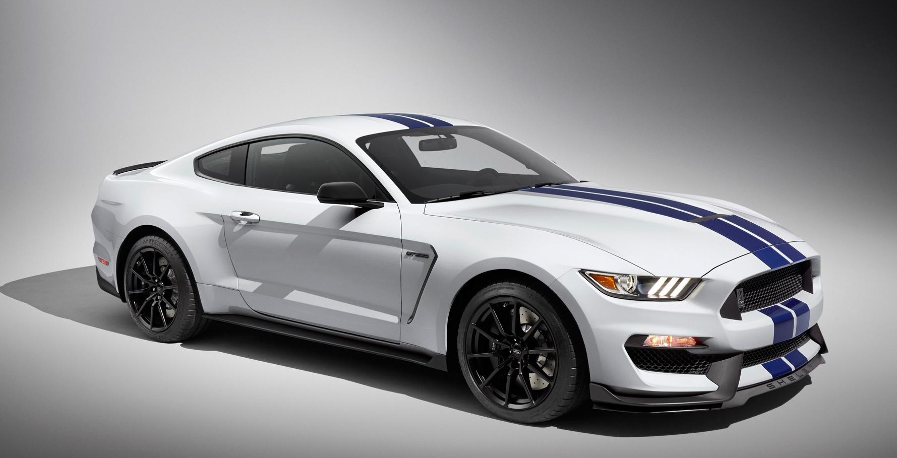 Mustang GT Vs M4 3