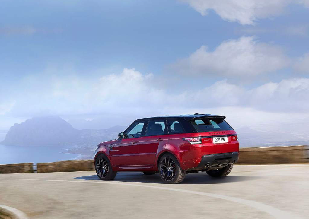 2015 range rover sport hst is a perfectly rounded sport suv with just enough power to make you. Black Bedroom Furniture Sets. Home Design Ideas