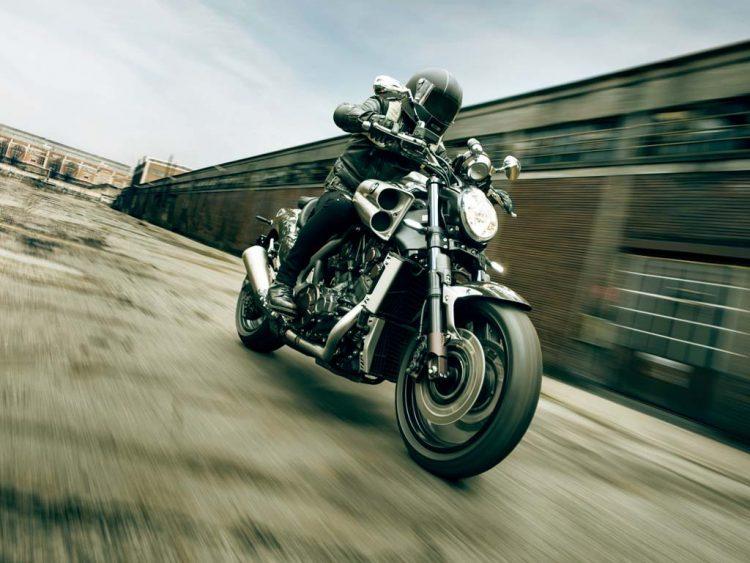 Yamaha VMAX Carbon 6