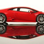 lamborghini huracan runs quarter mile in 7 8 seconds video. Black Bedroom Furniture Sets. Home Design Ideas