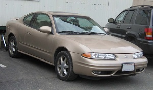 Most Underrated Cars - Oldsmobile-Alero-coupe