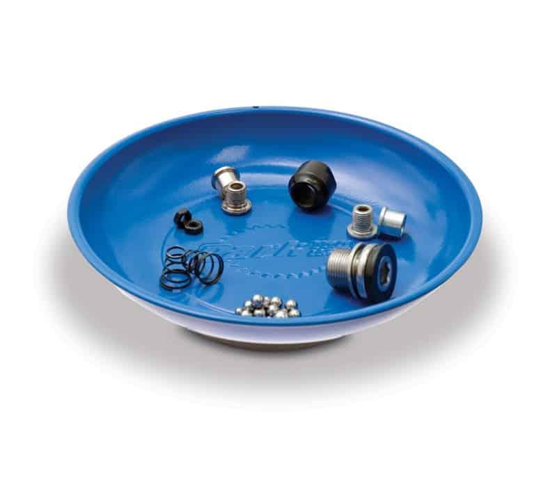 Magnetic Dish