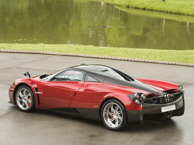 Hondas For Sale By Owner >> Dream In Dubai Red With This Pagani Huayra Up For Sale