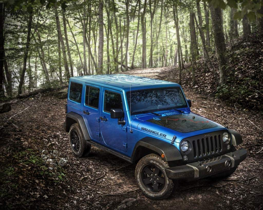 Jeep Wrangler Black Bear Edition Front 3/4
