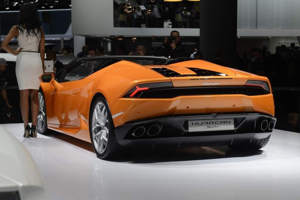 Lamborghini Huracan Spyder 01