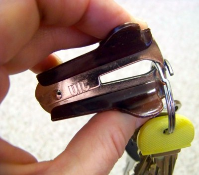 staple-remover-to-add-keys-to-your-keyring