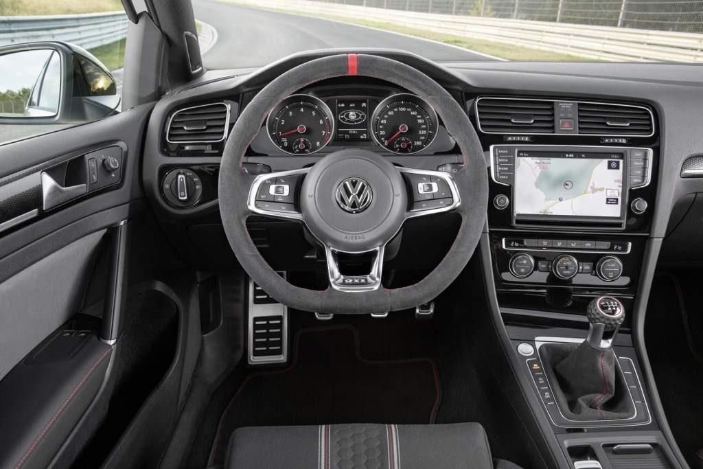 Most Powerful VW Golf GTi Clubsport Cockpit