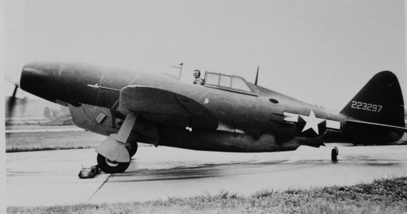 P-47 Thunderbolt powered by the first Chrysler Hemi