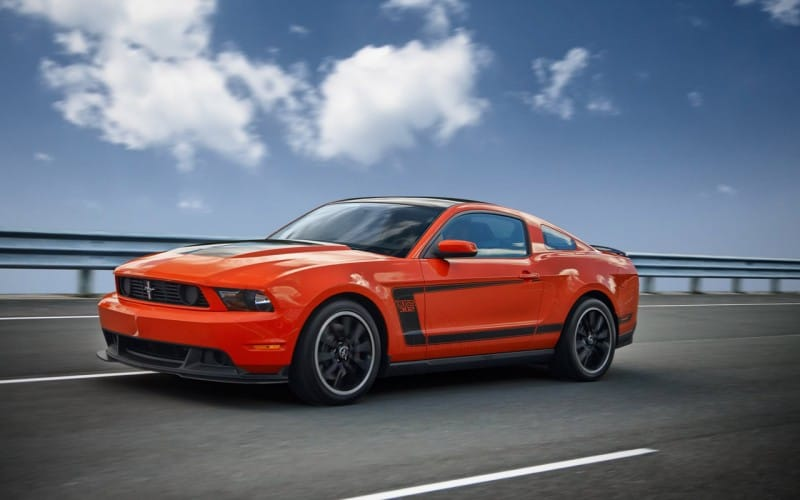2012-mustang-boss-302-offered-with-racing-trackey_6