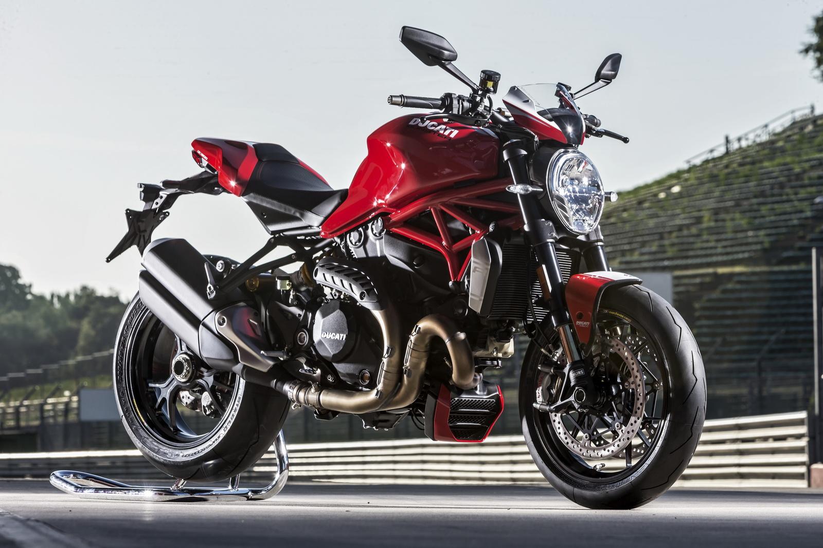 Ducati Monster 1200 R 6