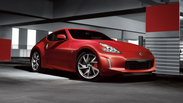 2016-nissan-370Z-coupe-solid-red-side-view-large