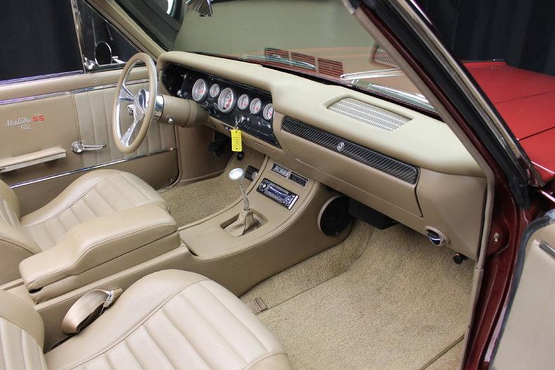 64 Chevelle w 502 interior