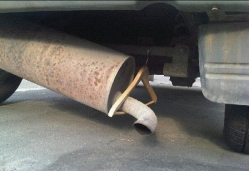 15 Of The Best DIY Auto Repair Car Fails Ever Photographed!