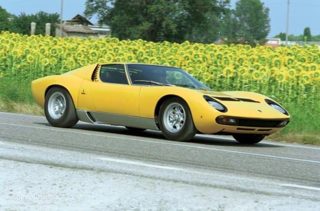 Lamborghini Muira, Driving