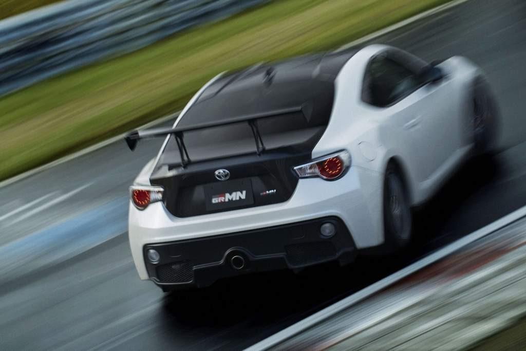 Toyota 86 GRMN Motion Blur