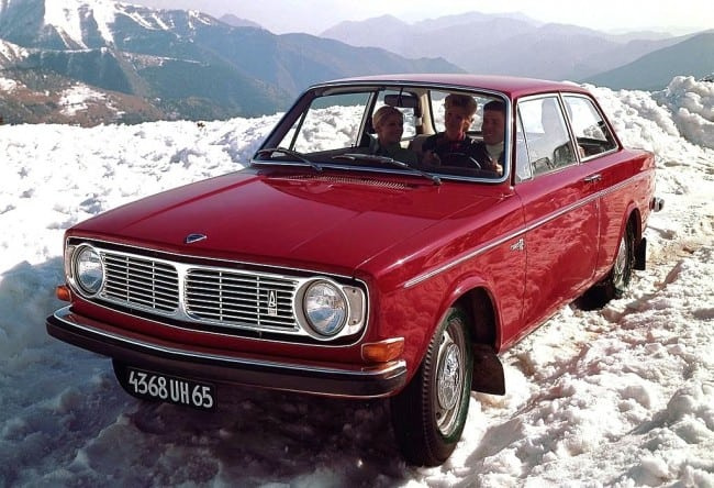 Volvo 140 In The Snow