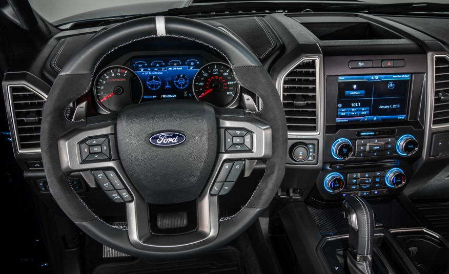 all new ford f 150 raptor supercrew showcased at the detroit auto show. Black Bedroom Furniture Sets. Home Design Ideas