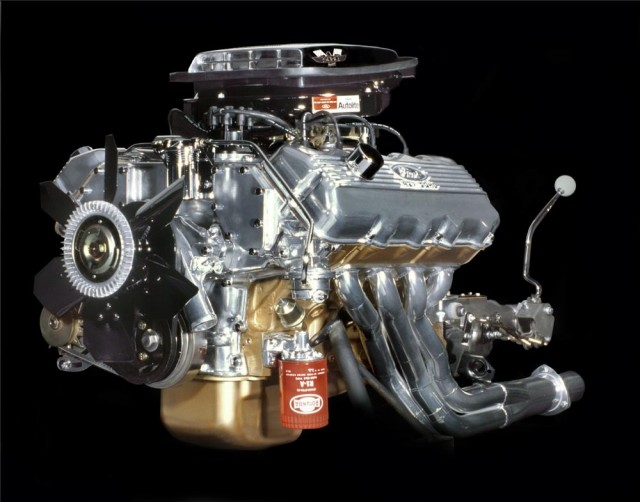 The 7 Most Enormous V8 Engines Ever Built By Ford