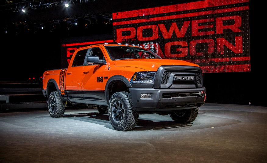 dodge unveils the 2017 ram power wagon. Black Bedroom Furniture Sets. Home Design Ideas