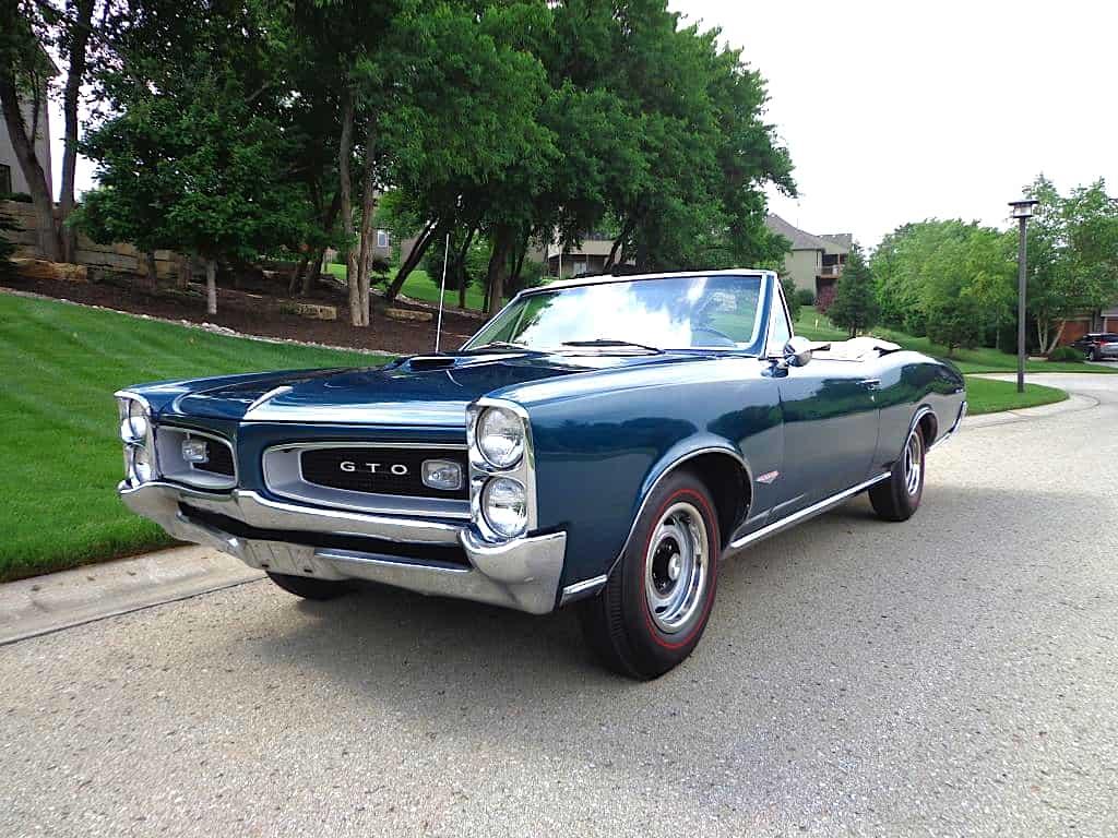 66-Pontiac-GTO-fr