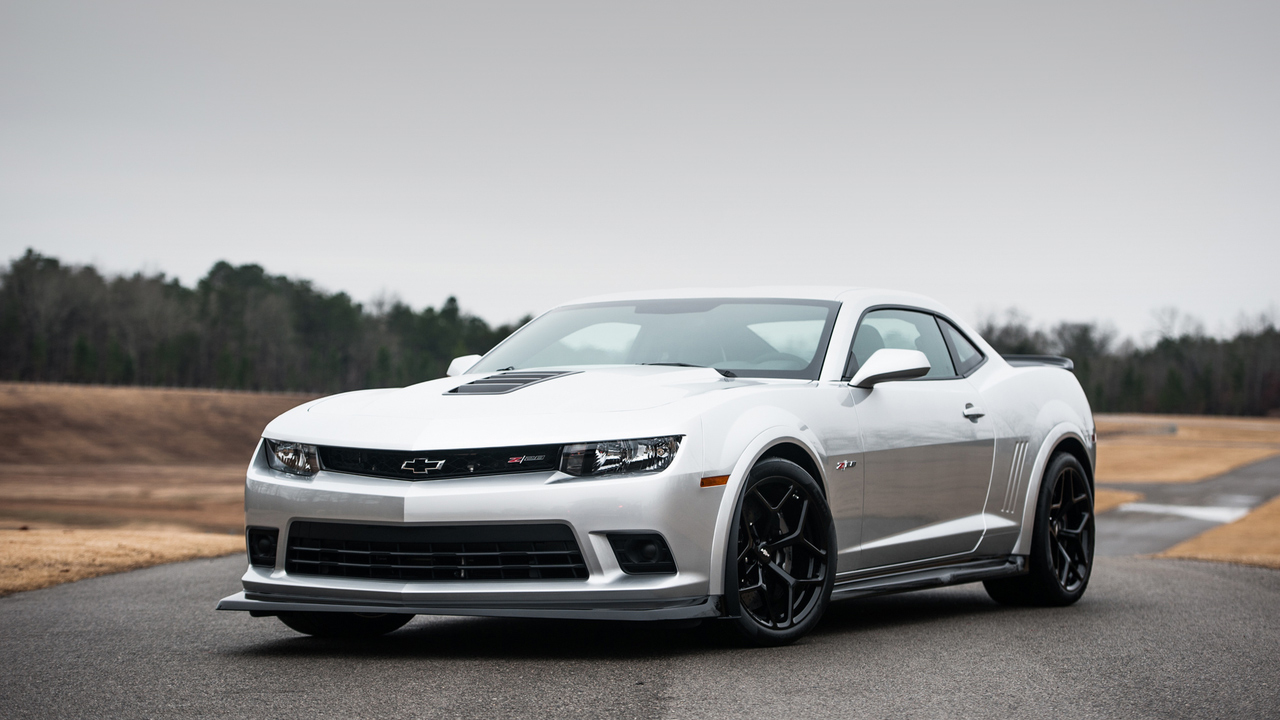 2015 Chevrolet Camaro Z28 Wallpaper