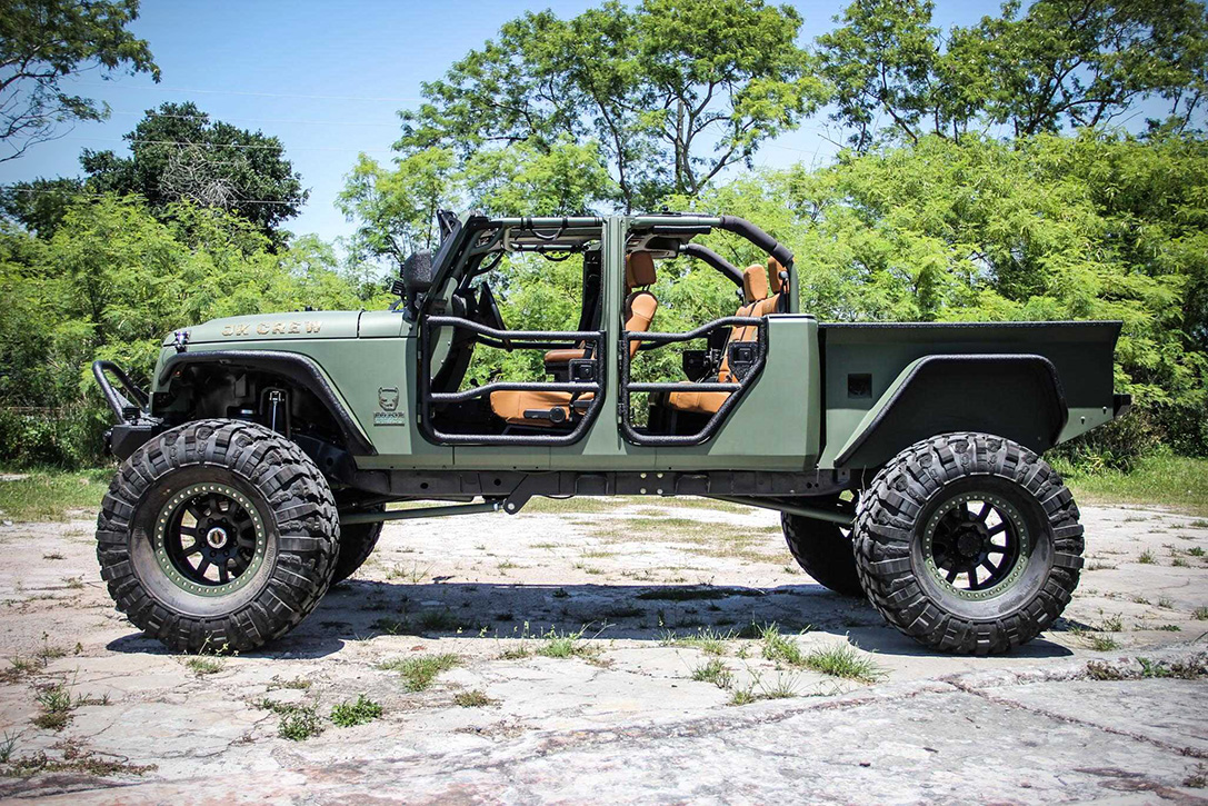 Jeep jk crew bruiser on 44 39 s with a truck bed and four doors for Jeep with diesel motor