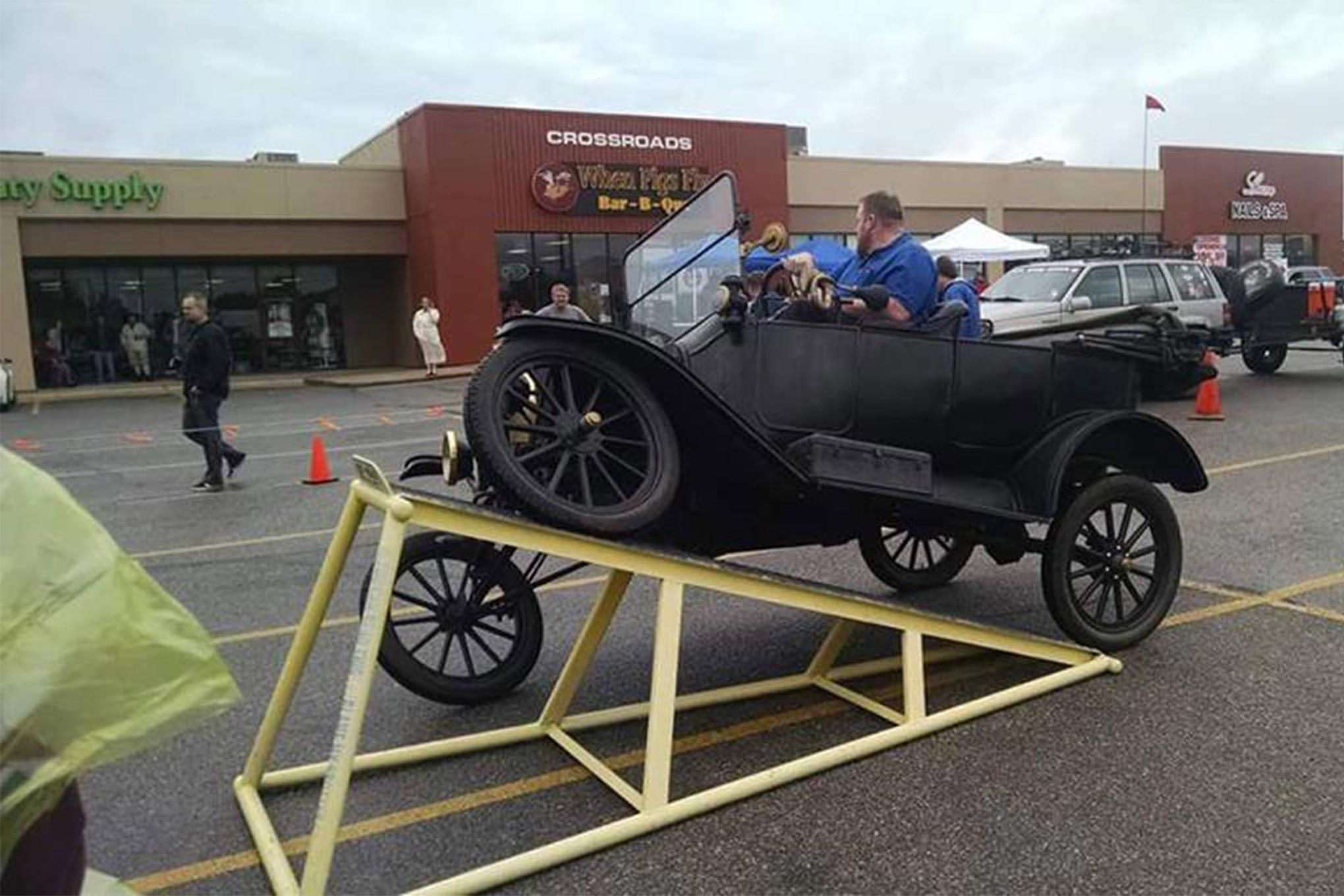 Ford Model T\'s RTI Puts Most Modern SUVs to Shame