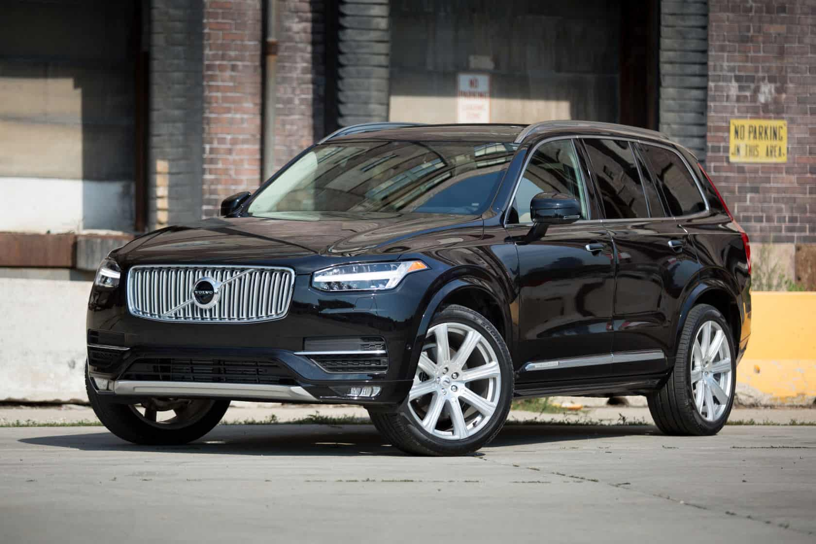 Volvo xc90 - Strongest Car Ever?