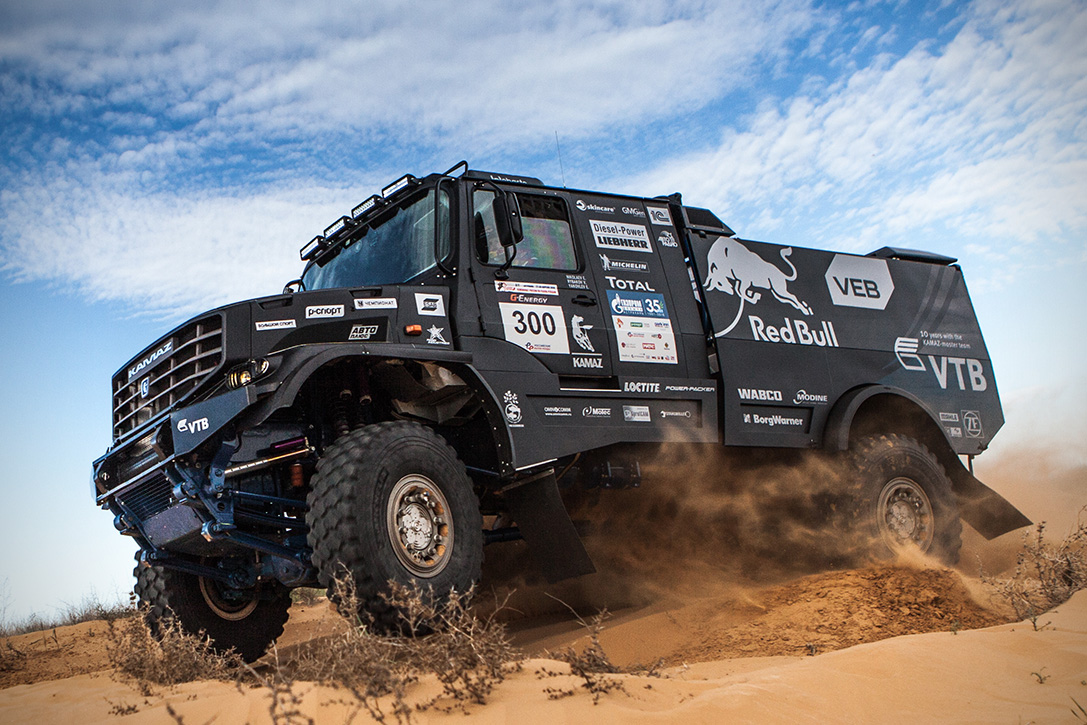 980 Horsepower Kamaz Master Truck Ready for the 2017 Dakar Rally (Video)