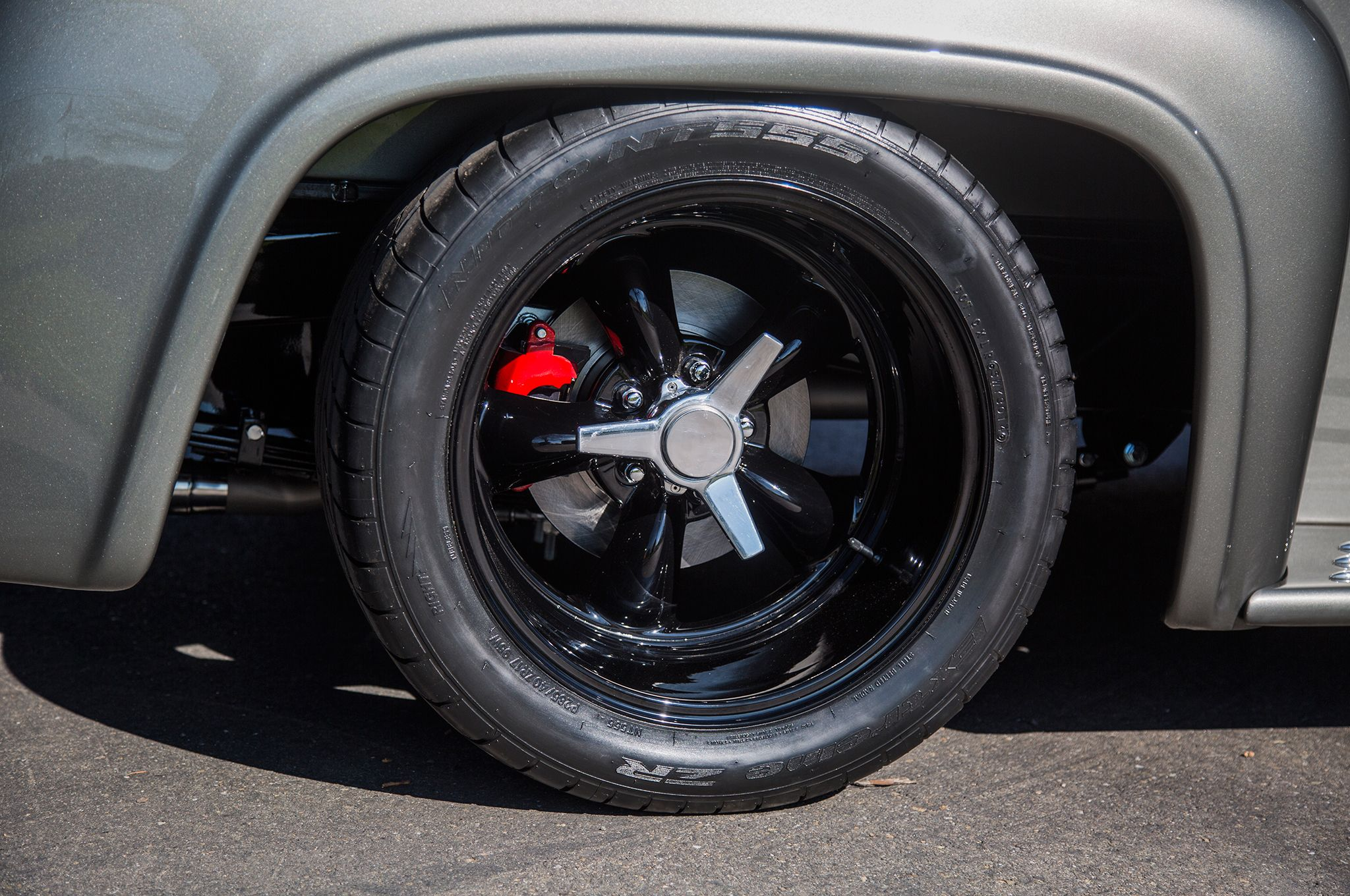 1956-ford-f-100-tire