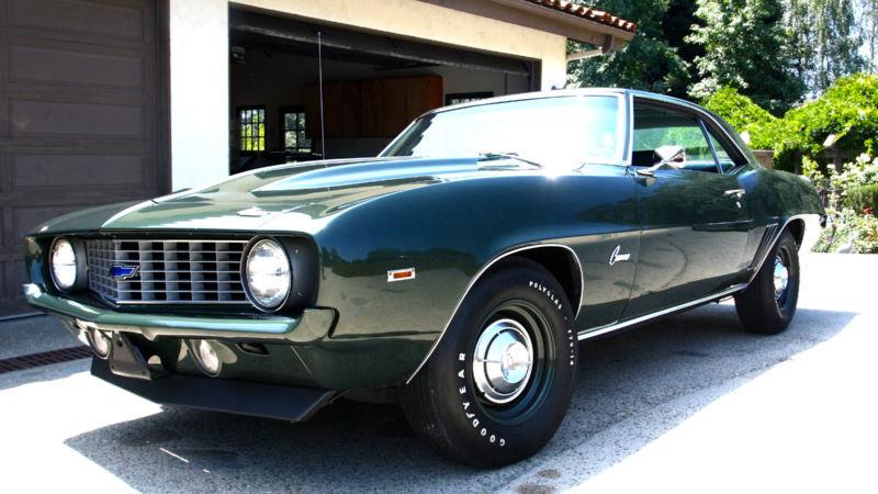 1969 Chevrolet COPO Camaro ZL1 427 Clone