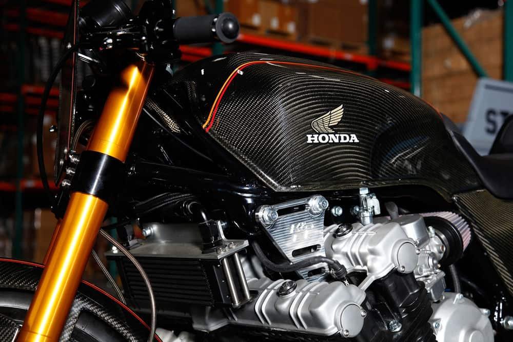 Honda CBX1000 Custom 3