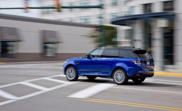 Land-Rover-Range-Rover-Sport-SVR-1
