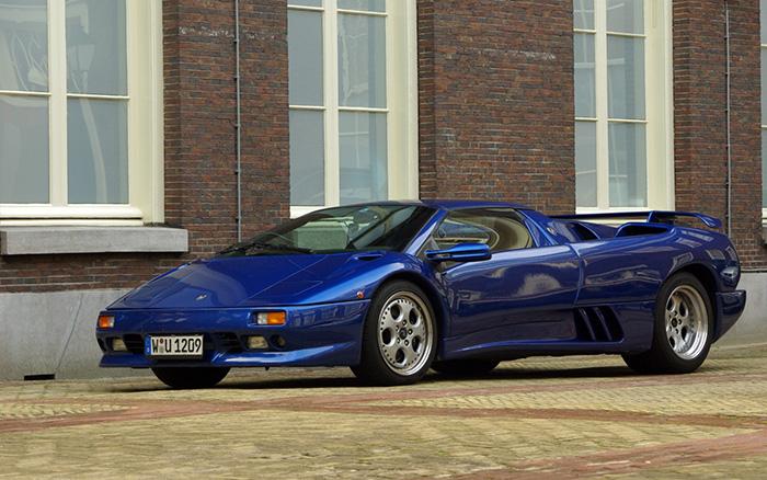 Mike Tyson – Lamborghini Diablo VT Roadster