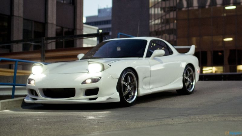Cars With Pop-Up Headlights: Mazda RX-7